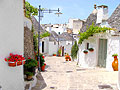 Trulli houses in Alberobello  - pictures - Italy