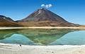 Laguna Verde och vulkanen Licancabur i Naturreservat: Reserva nacional de fauna andina Eduardo Avaroa - resor - Bolivia