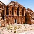 Petra, Jordanien  - Klostret - Ad-Deir