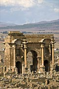 Timgad  - Triumphal arch - Arch of Trajan